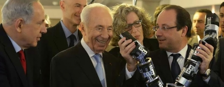 Gisele Abazon in consecutive interpretation with François Hollande and Shimon Peres